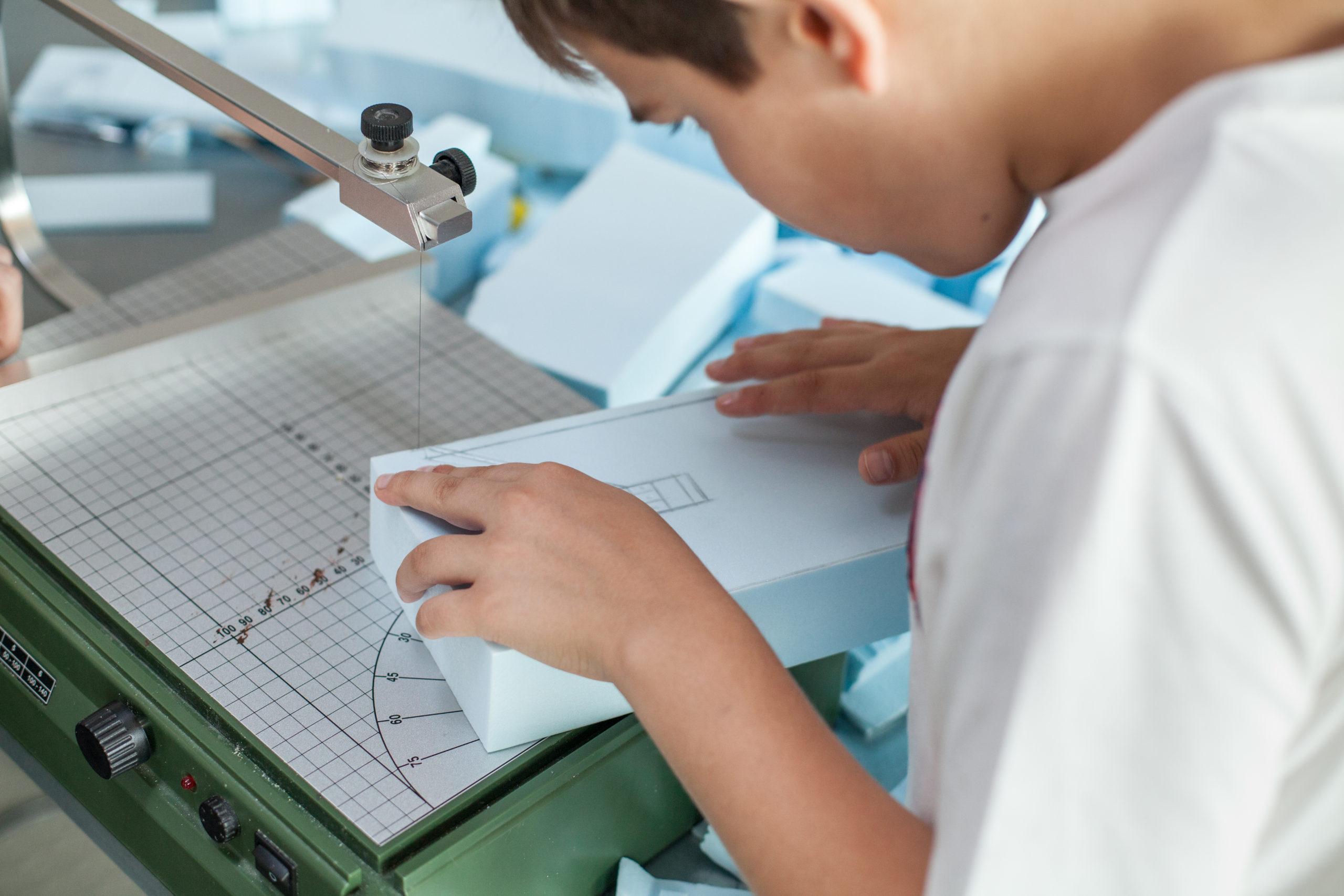 Детская школа промдизайна Make School